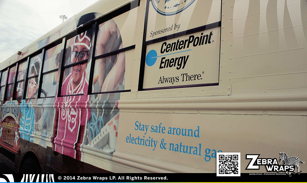 Centerpoint_Bus_International_Closeup_03
